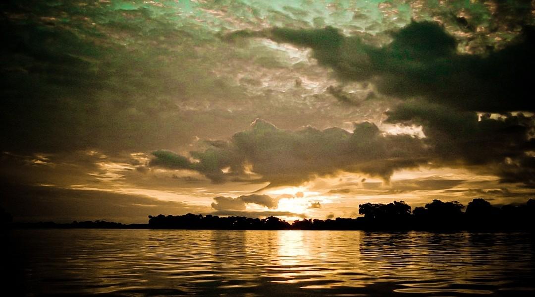 刚果河隔夜游览