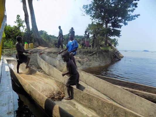 Congo River Cruise 43