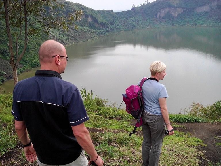 Stephan n Renata-Nyiragongo at Lac Vert 16Feb2017